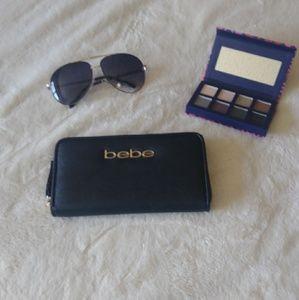 Bebe womens wallet